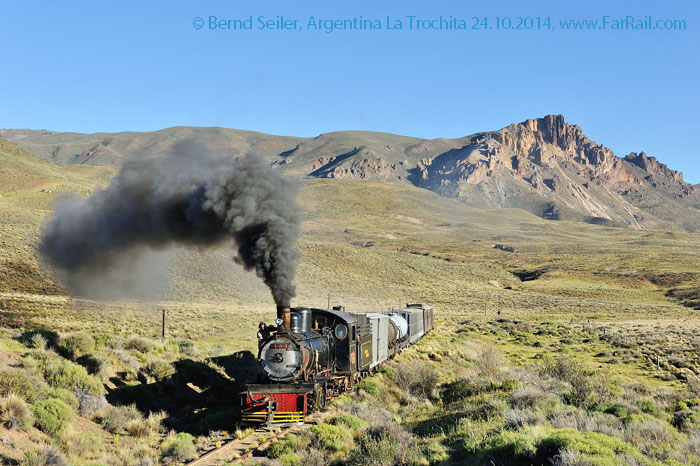 La Trochita - The Old Patagonia Express: Volcano