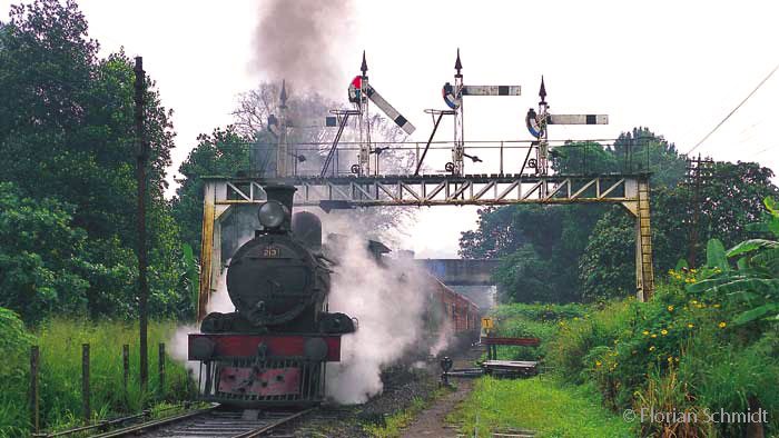 Steam in Sri Lanka