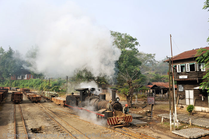 Shunting with stones and bamboo in Namtu