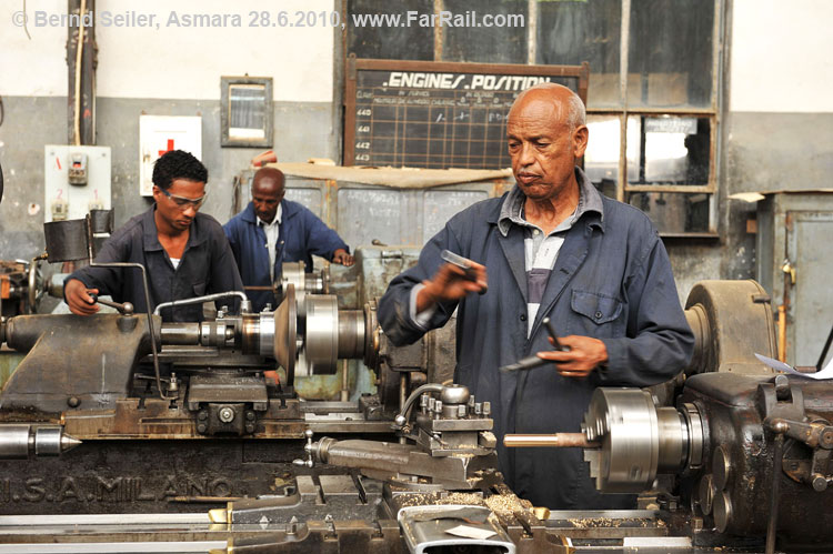 Workshop Asmara: these machines are from 1938/39!