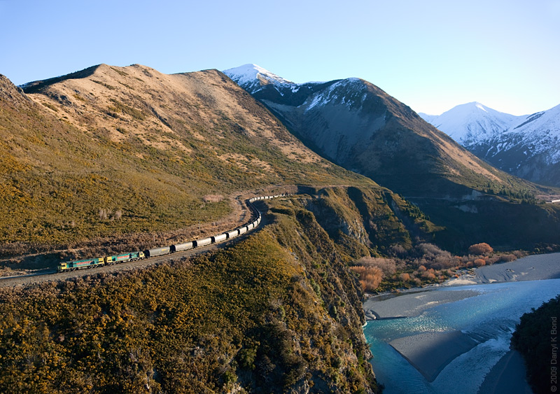 New Zealand: Miidland Line: helicopter view, photo: Darryl K. Bond