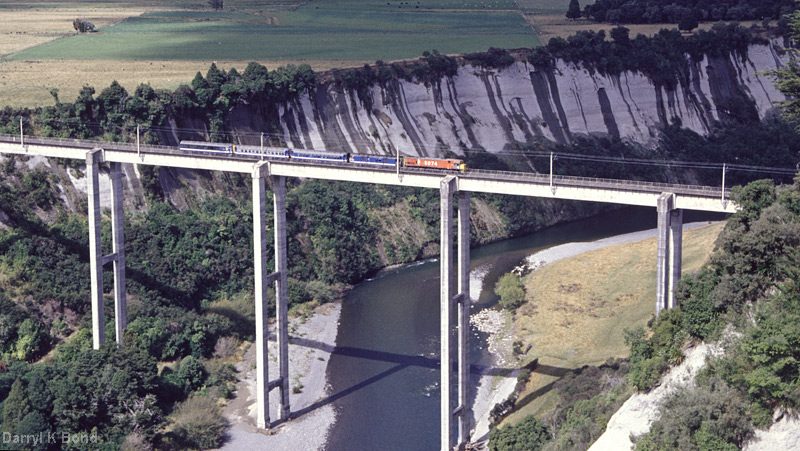 Neuseeland: NIMTR, South-Rangatiki-Viaduct, Foto: Darryl K. Bond
